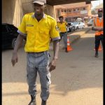 Moment Davido Sprays Money On Traffic Police After Spotting Him In A Ride (Watch Video)